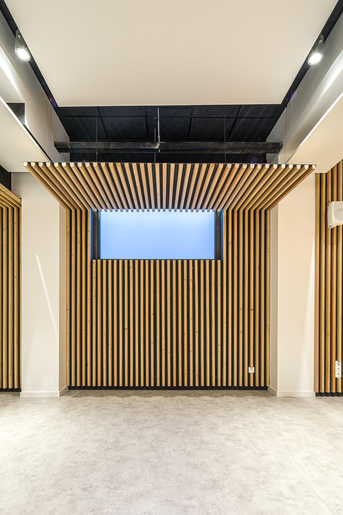 photographie d'architecture d'une salle polyvalente à Troyes