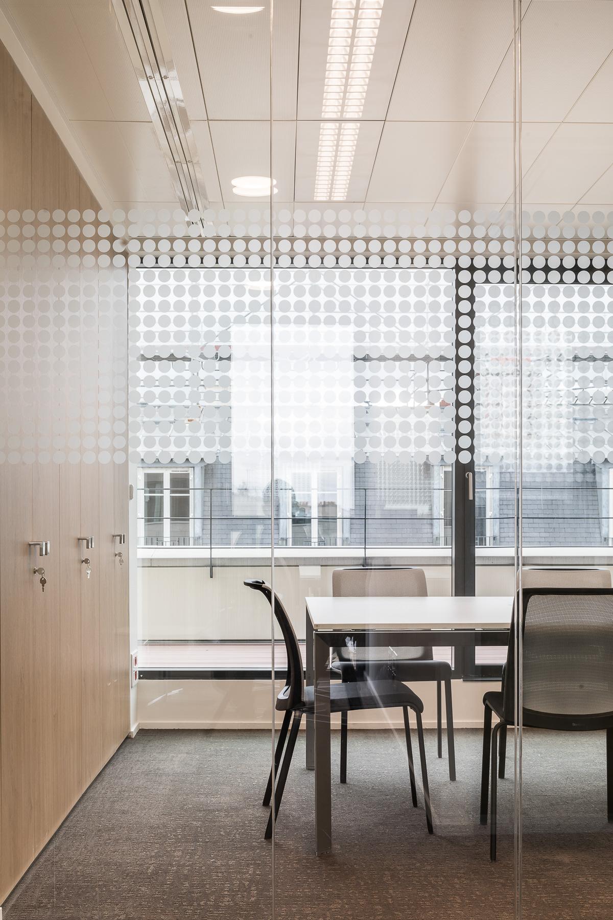 photographie d'architecture d'un immeuble de bureaux à Paris